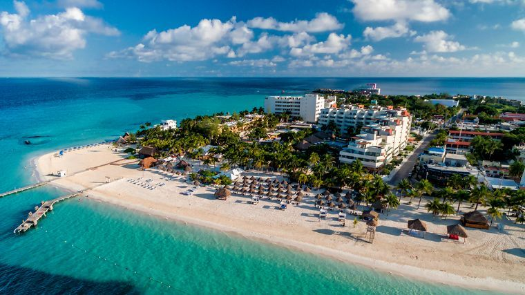 how to get to isla mujeres from cancun