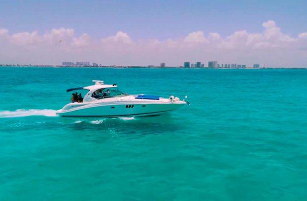 isla mujeres yacht trip