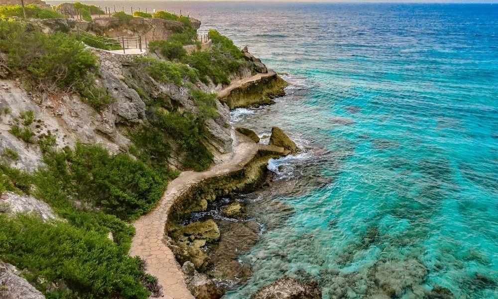 Acantilado Punta Sur