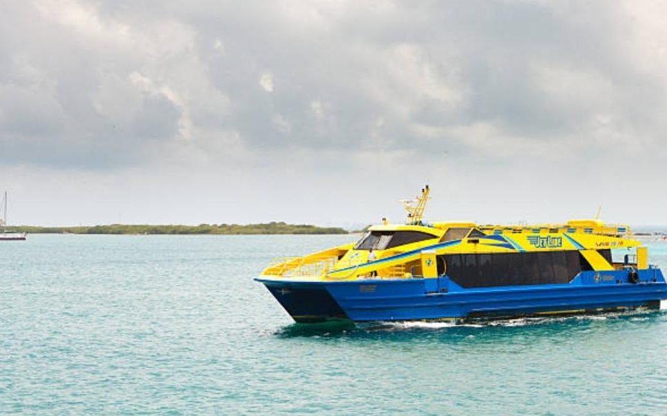Isla Mujeres Ferry